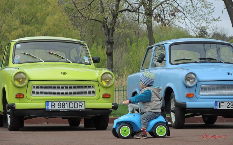 poza masinuta copil trabant bucuresti parc