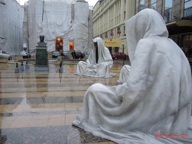 poza sitting guardians of time bucuresti teatrul odeon