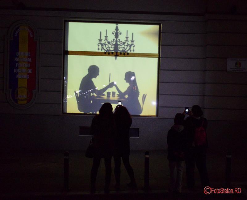poza festivalul luminii spotlight cladirea Loteriei Nationale