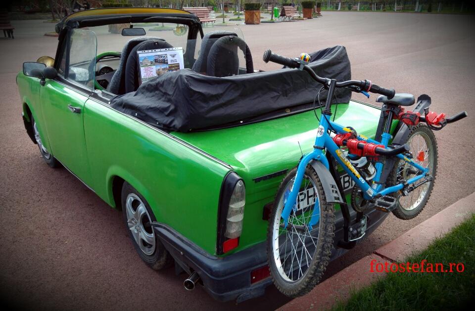 poza bicicleta porbagaj trabant cabrio