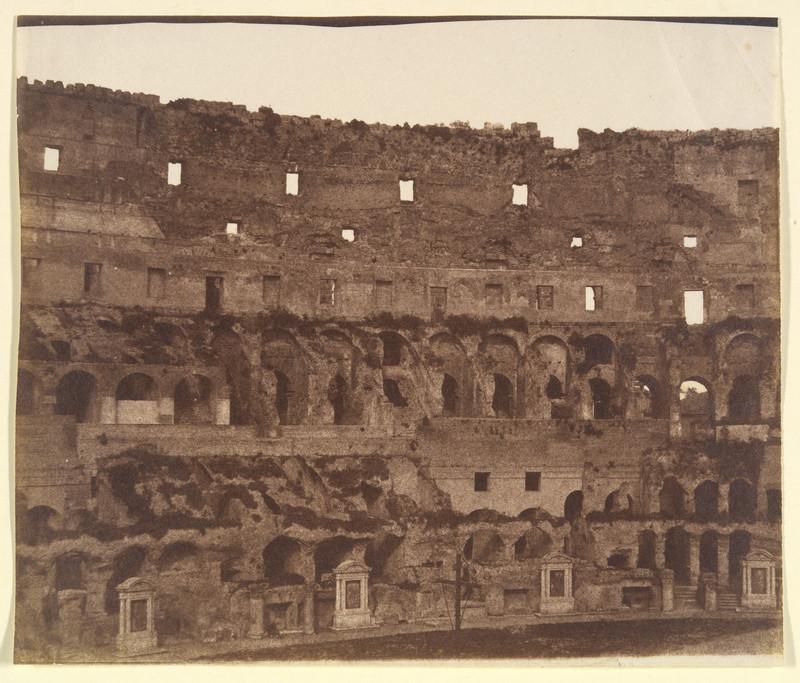 poza veche gratuita colosseum interior roma italia