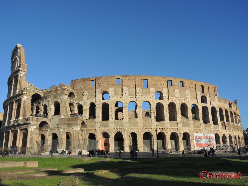 poza colosseum roma italia decembrie