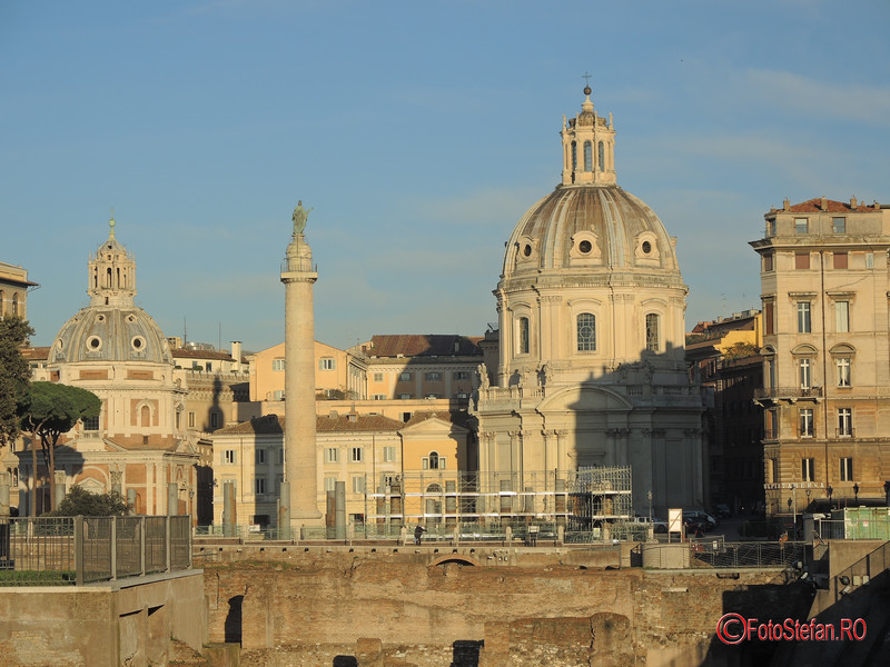 poza forum columna traian roma italia decembrie