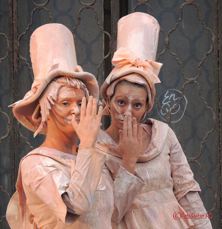 poze fete actrite statui vivante bucuresti calea victoriei