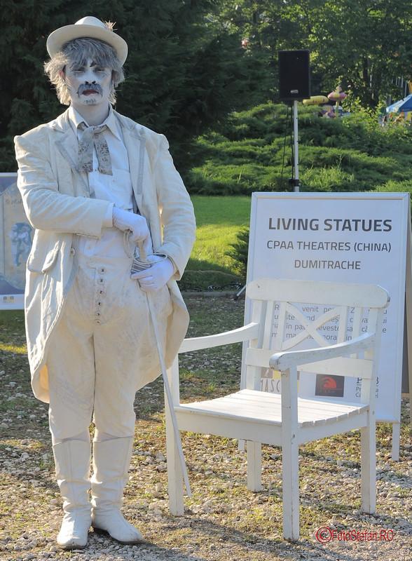 poza actor chinez statuie vivanta #fisv2017 bucuresti