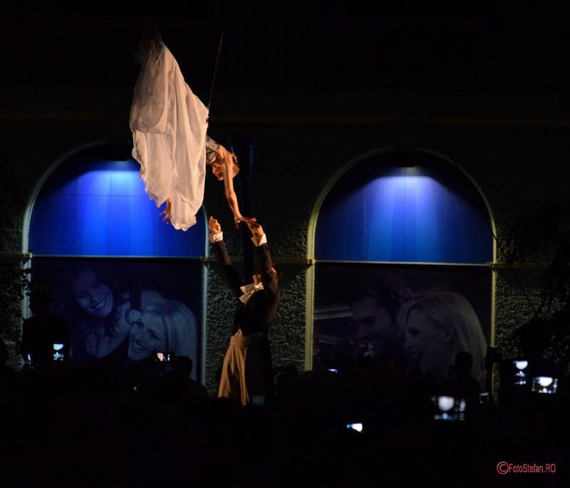 fotografii teatru de strada B-Fit in the Street Bucuresti 2017 SkyDance Molecole Show