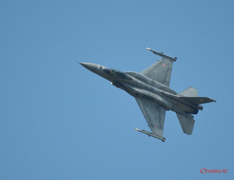 poze fotografii F-16 Jastrząb bucuresti airshow avion
