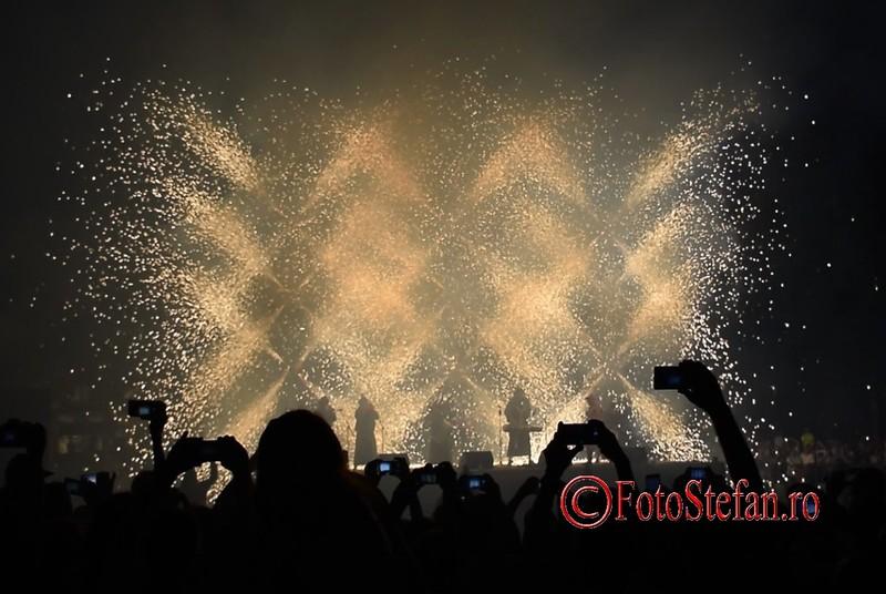 poze artificii Magic Night Xarxa B-FIT in the street Bucuresti 2017