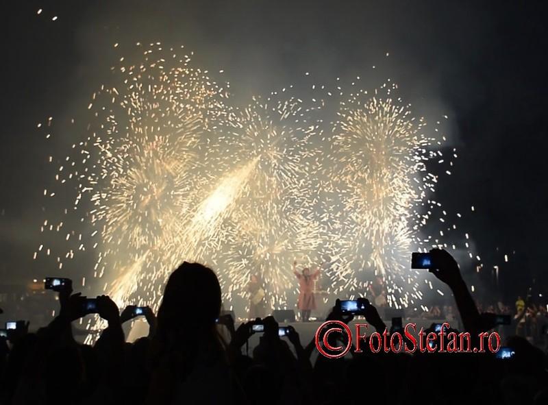 poze fotografii artificii Magic Night Xarxa B-FIT in the street Bucuresti 2017