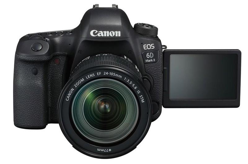 poza aparat foto dslr canon EOS 6D Mark II