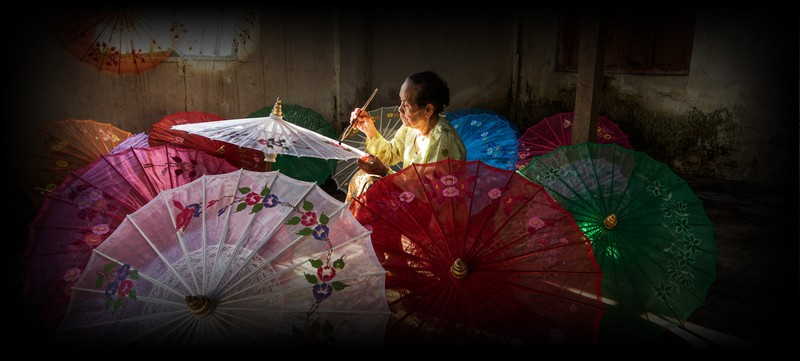 poza asiatica umbrele constuctie confectionare
