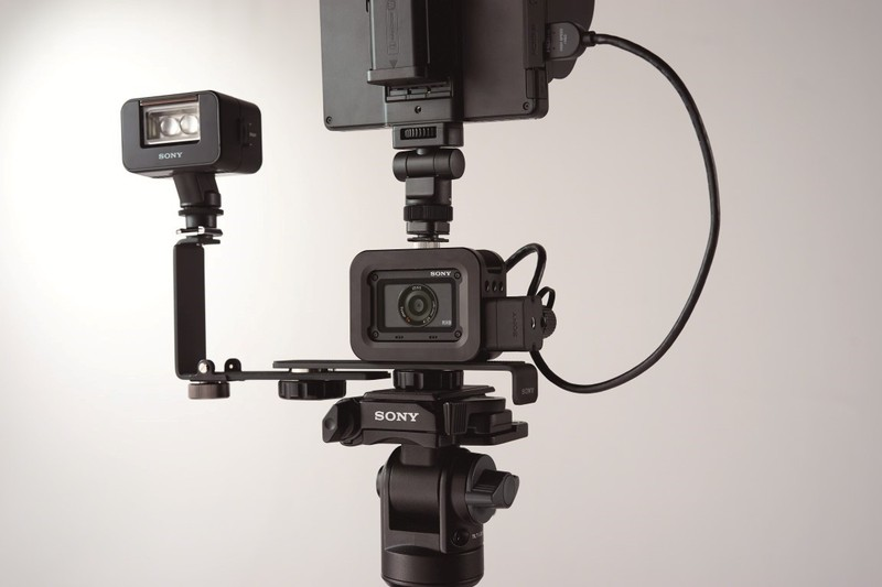 sistem camere foto sony RX0