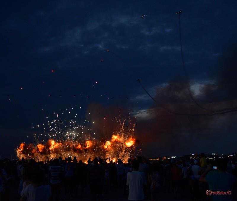 poza efect pirotehnic explozie foc bucuresti aeroportul baneasa