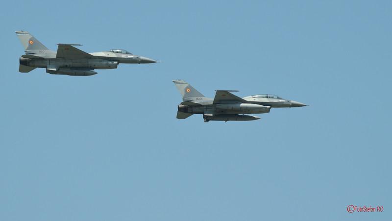 poza F-16 Fighting Falcon romanesc #bias2017 spectacol aerian