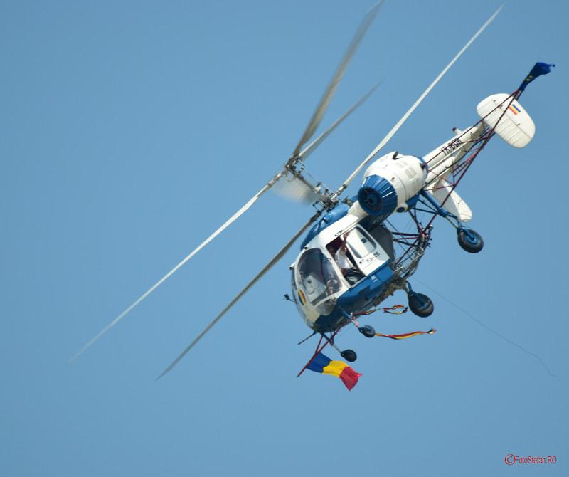 poza fotografie elicopter agricol kamanov ka-26 valer novac acrobatie aeriana