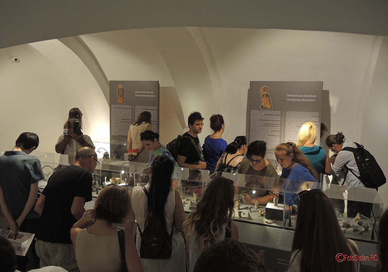 poze fotografii expozitie zeite samani casa filipescu cesianu bucuresti