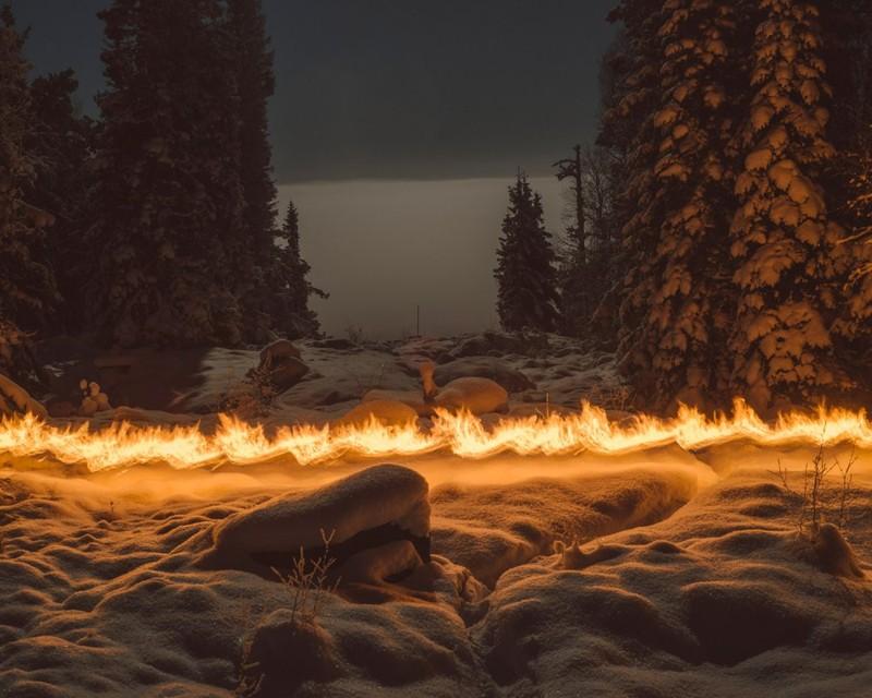 poza foc iarna padure norvegia zapada