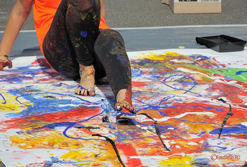 poze picioare pictura vopsele culori h.e.art humans embodying art Art Walk Street 2017 #AWS Piata Revolutiei Bucuresti