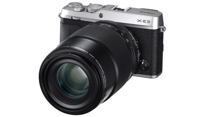 poza aparat foto mirrorless zoom Fujifilm X-E3