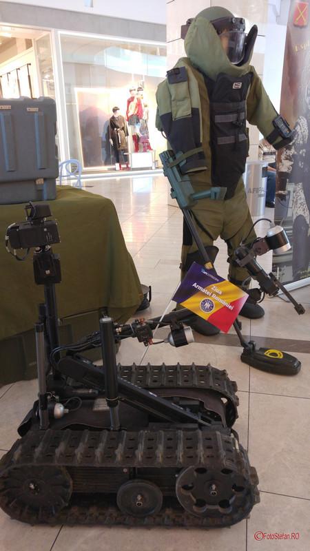 poza robot militara armata romaniei mall afi bucuresti