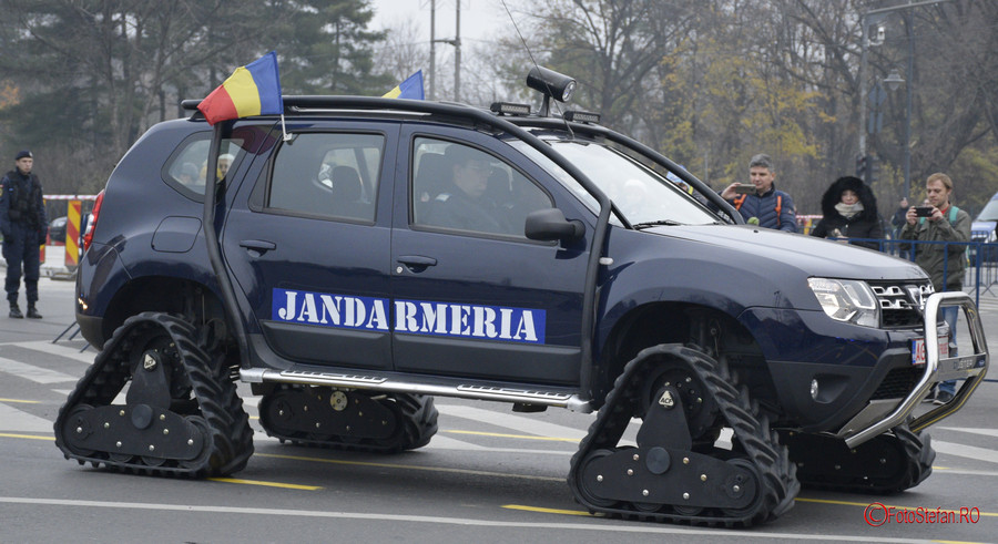 poza dacia duster senile jandarmeria montana romania car