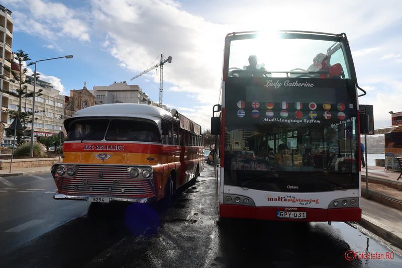 poza autobuz retro clasic malta sightseeing