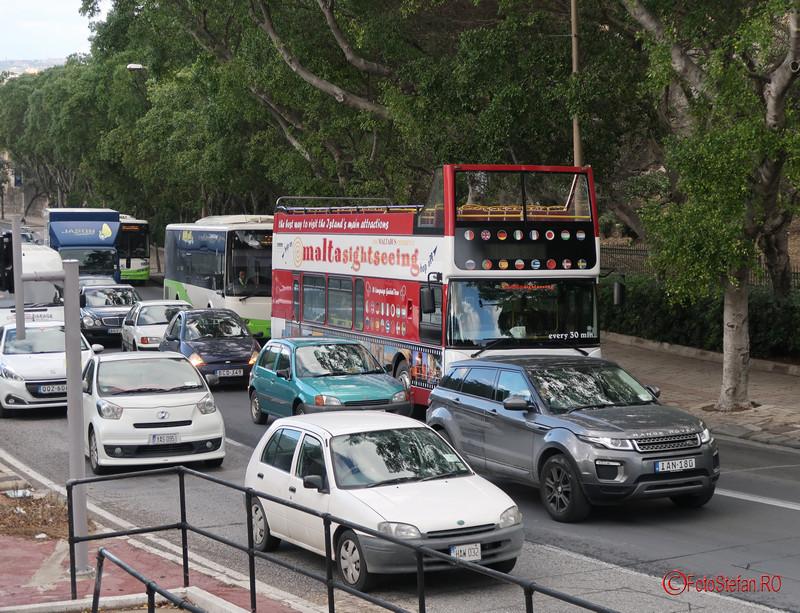 poza Malta transport in comun autobuze turistice aglomeratie