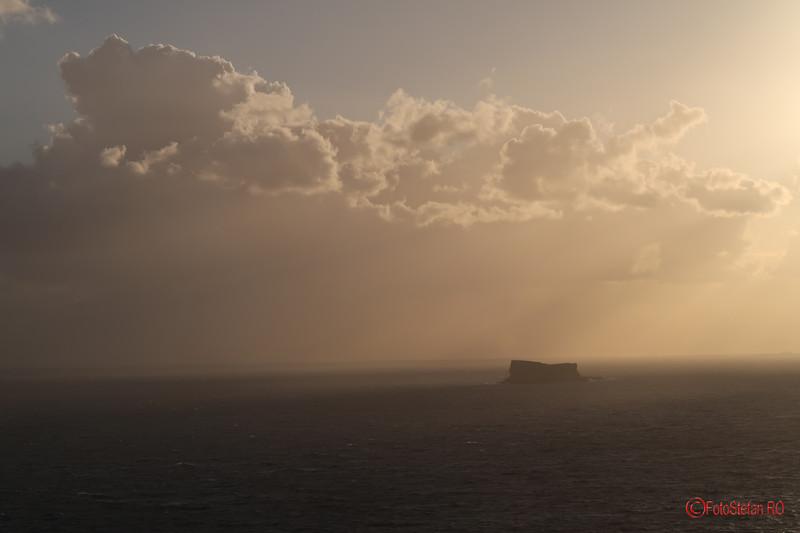 poza insula malta marea mediterana apus nori