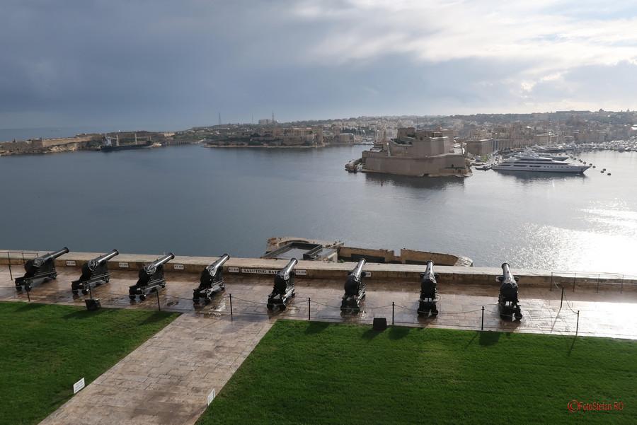 poza fotografii calatorie malta Upper Barrakka Gardens Saluting Battery