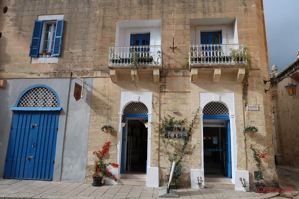 poza fotografie atelier sticlarie Mdina Malta glass