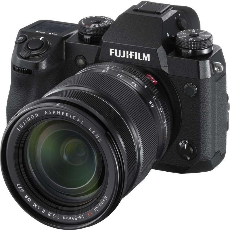 poza aparat foto mirrorless Fujifilm X-H1