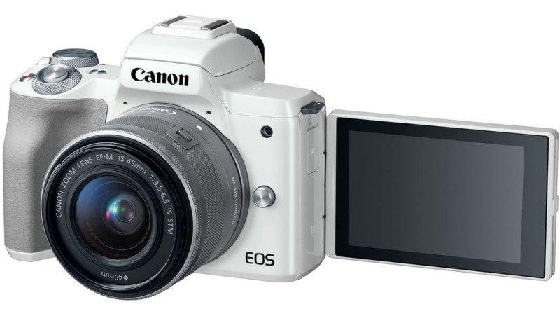 poza aparat foto mirrorless alb Canon EOS M50