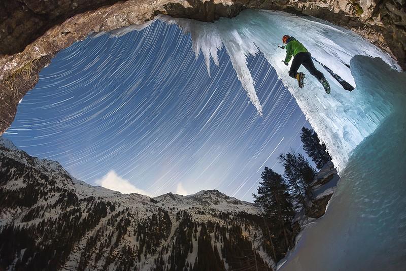 poza alpinist gheata munte stele