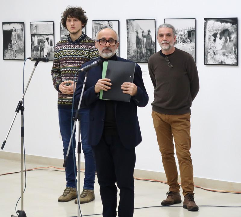 fotografie Victor Galuşca Nicolae Pojoga muzeul taranului roman bucurersti