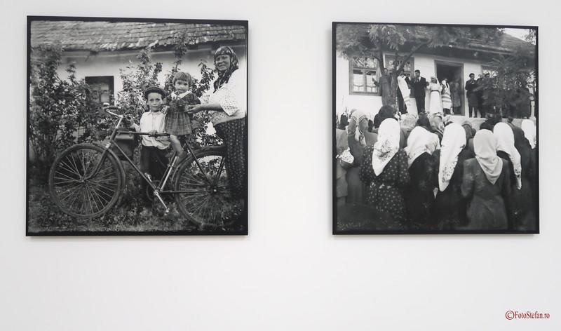 poze alb negru republica moldova copii tarani