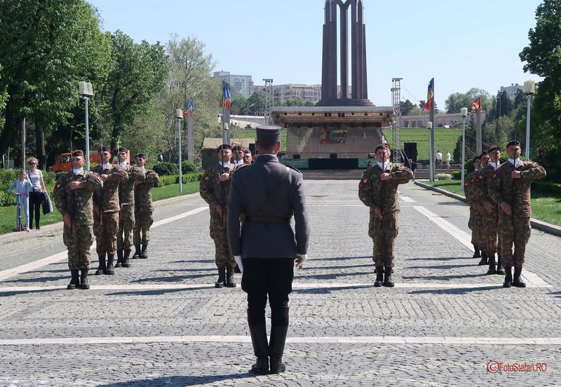 poza militari drill team parcul carol bucuresti