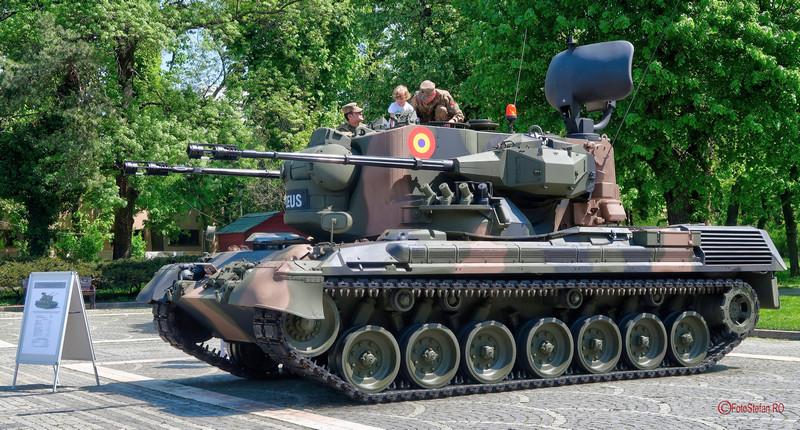 poza tehnica militara ghepard armata romana parcul carol bucuresti