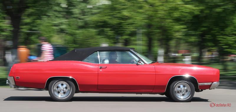 poza masina americana rosu panning bucuresti parcul lumea copiilor