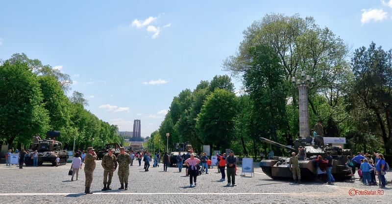 fotografii ziua fortelor terestre armata romaniei parcul carol bucuresti