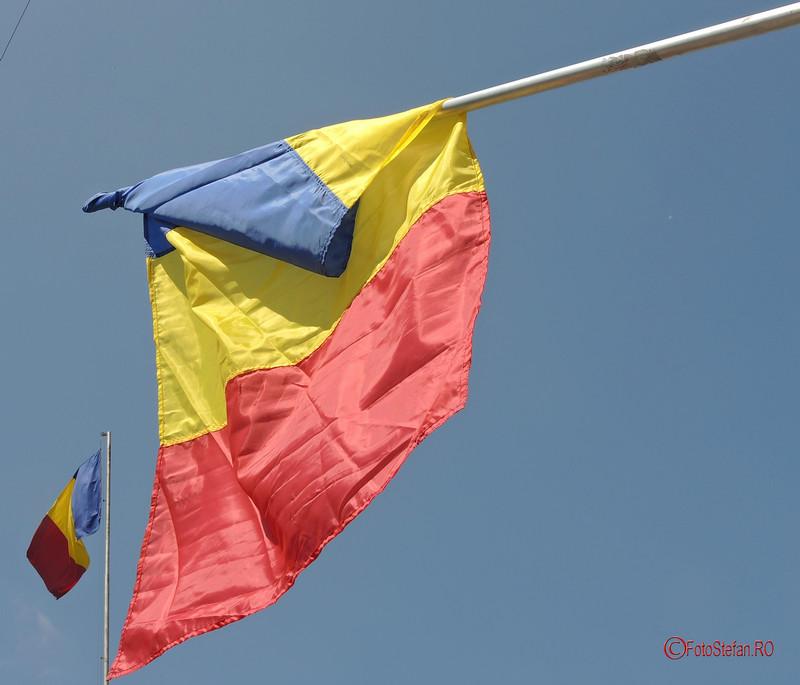 poza steaguri romania drapel tricolor