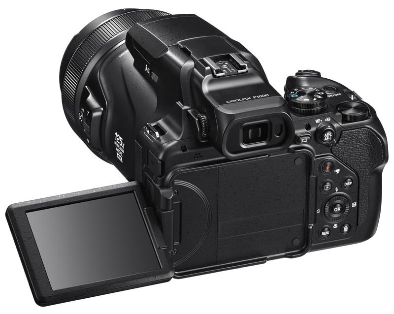 poza lcd mobil aparat foto Nikon COOLPIX P1000