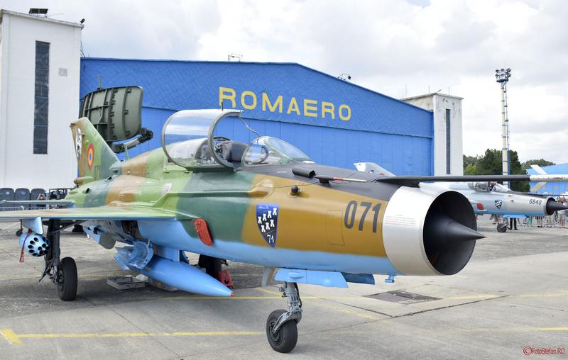 poza avion mig-21 lancer fortele aeriene romane bias 2018 airshow