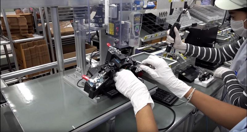 Fabricarea aparatului foto sony a9 mirrorless