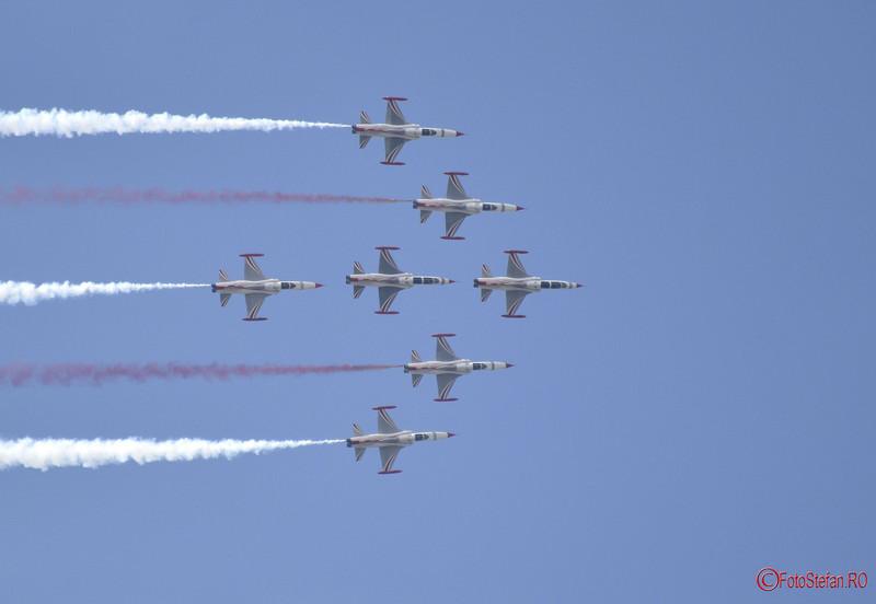 fotografii avioaen Turkish Stars Bucharest International Air Show BIAS