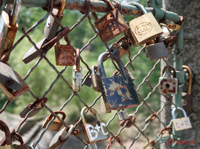 lacatele iubirii podul cu lacate timisoara fotografii