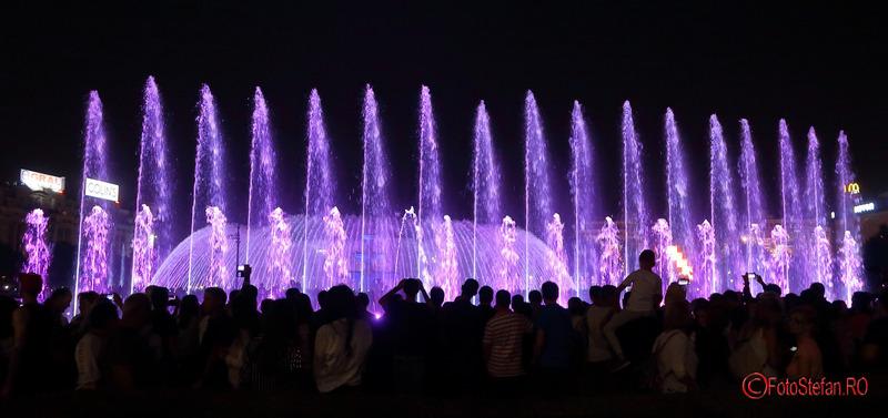 simfonia apei poze fantani piata Unirii Bucuresti fotografii seara