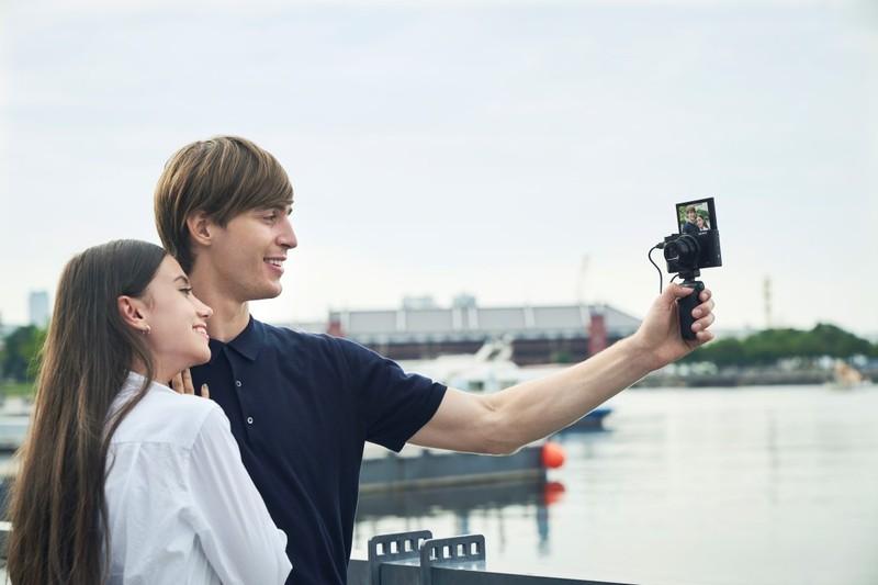 Sony HX95 aparat foto compact vlog lcd mobil