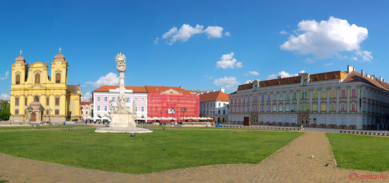 Muzeul de Arta Timisoara piata unirii poza panoramica