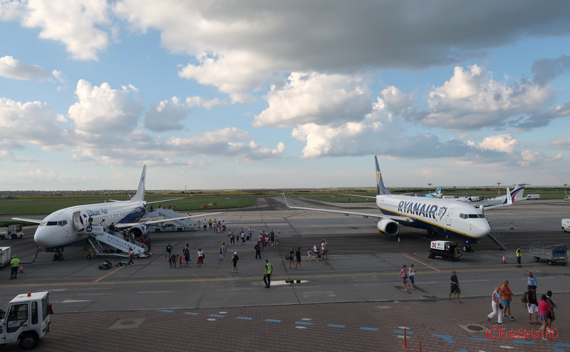 poze avioane low cost blueair ryanair aeroport timisoara