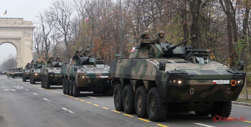 parada militara poze fotografi transportor blindat patria